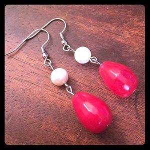 Jewelry - 💖✨Red Gemstone Teardrop Beaded Pearl Earrings✨💖
